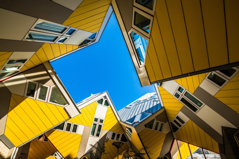 10 зданий которые бросают вызов гравитации